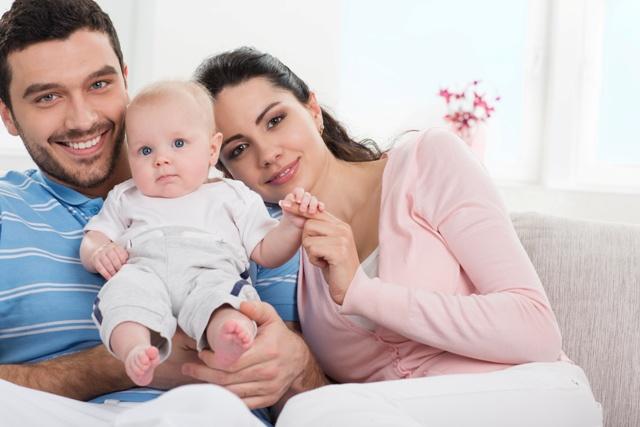 Spokojna i szczęśliwa rodzina